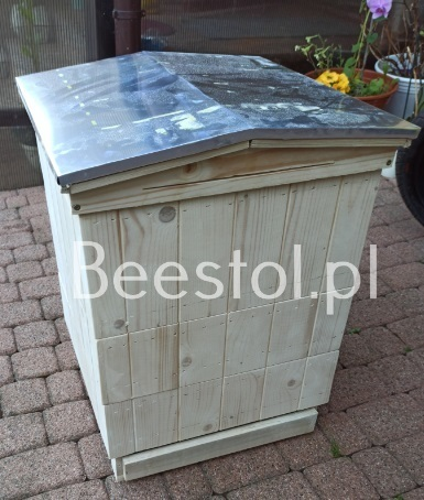 British National Beehive gable roof (1)